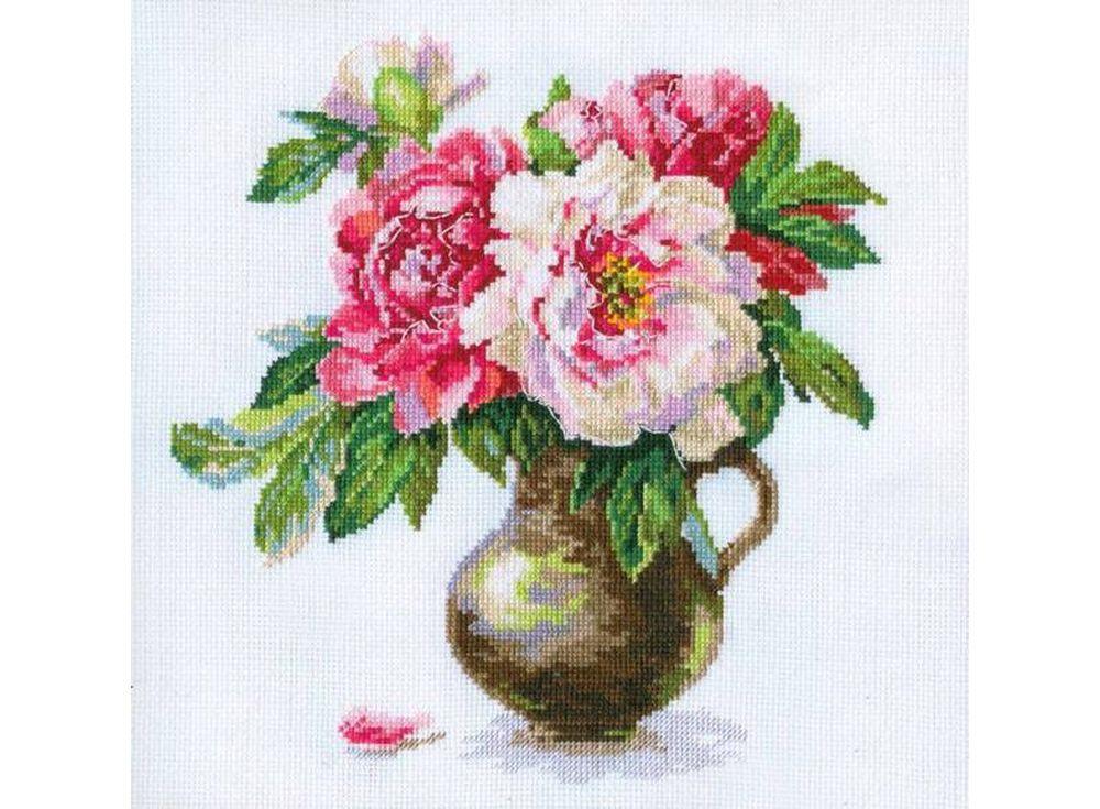 Набор для вышивания «Цветущий сад: Пионы»Вышивка крестом Алиса<br><br><br>Артикул: 2-21<br>Основа: канва Aida 14 100% хлопок Gamma<br>Размер: 25х26 см<br>Тип схемы вышивки: Цветная схема<br>Цвет канвы: Белый<br>Количество цветов: 29<br>Рисунок на канве: не нанесён<br>Нитки: мулине 100% хлопок Gamma