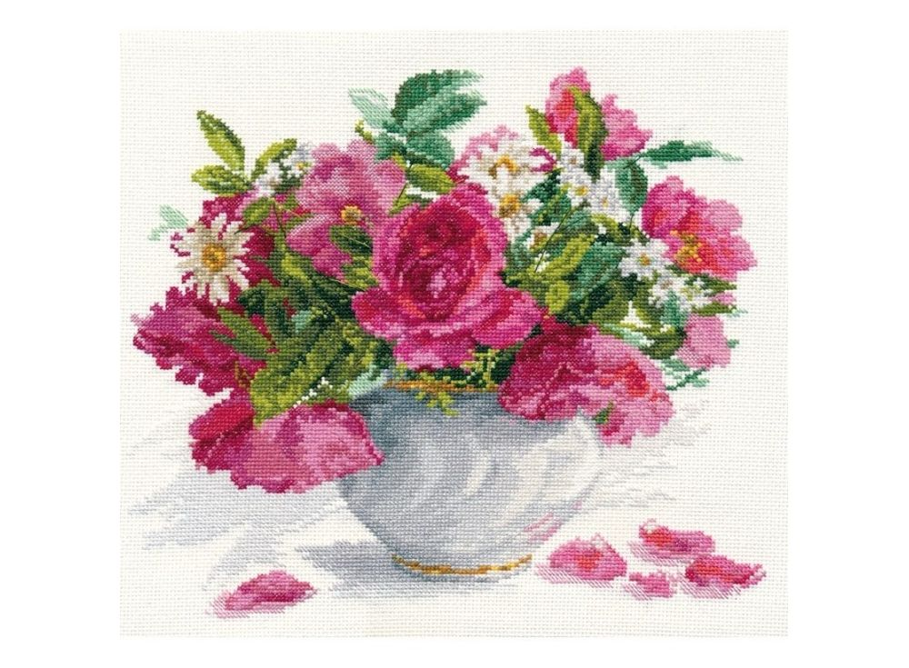Набор дл вышивани «Цветущий сад: Розы и ромашки»Вышивка крестом Алиса<br><br><br>Артикул: 2-25<br>Основа: канва Aida 14 100% хлопок Gamma<br>Размер: 30х26 см<br>Тип схемы вышивки: Цветна схема<br>Цвет канвы: Белый<br>Количество цветов: 30<br>Рисунок на канве: не нанесён<br>Нитки: мулине 100% хлопок Gamma