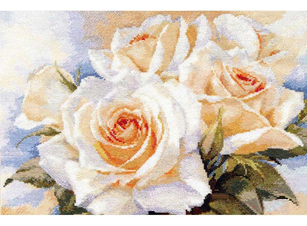 Набор для вышивания «Белые розы»Вышивка крестом Алиса<br><br><br>Артикул: 2-32<br>Основа: канва Aida 14 100% хлопок Gamma<br>Размер: 40х27 см<br>Тип схемы вышивки: Цветная схема<br>Цвет канвы: Белый<br>Количество цветов: 35<br>Рисунок на канве: не нанесён<br>Нитки: мулине 100% хлопок Gamma