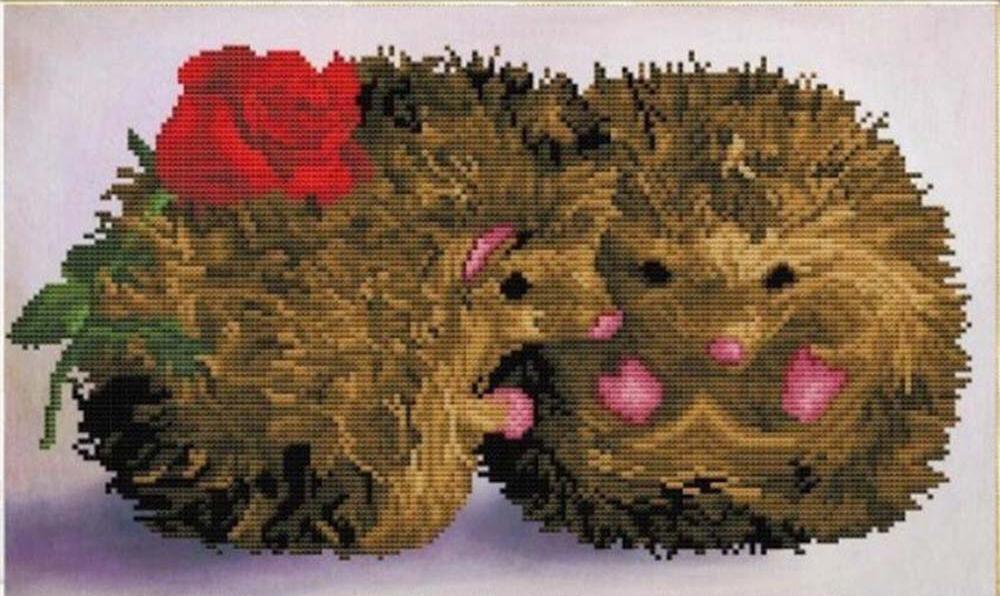 Стразы «Влюбленные ежи»Алмазная вышивка Color Kit (Колор Кит)<br><br><br>Артикул: 305005<br>Основа: Холст без подрамника<br>Сложность: средние<br>Размер: 30x50 см<br>Выкладка: Частичная<br>Количество цветов: 15-25<br>Тип страз: Круглые непрозрачные (акриловые)