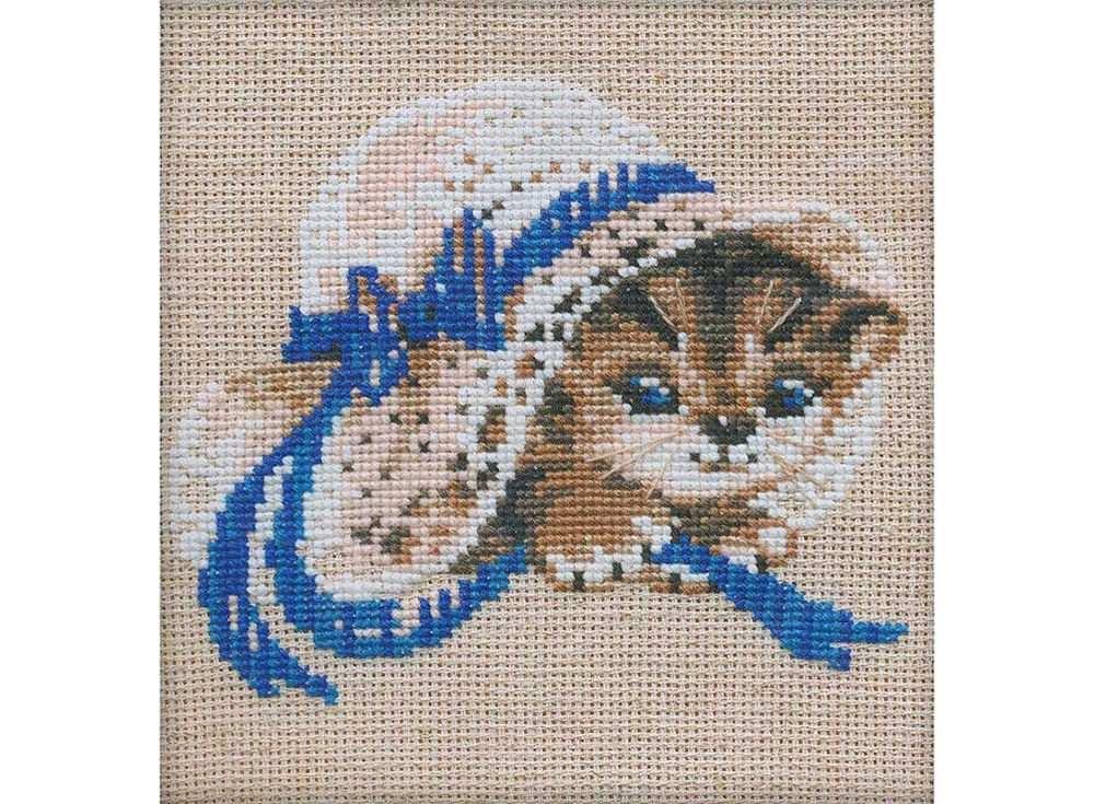 Набор для вышивания «Котёнок в шляпе»Вышивка крестом Риолис<br><br><br>Артикул: 748<br>Основа: канва 15 Rustico Aida Zweigart<br>Размер: 15х15 см<br>Техника вышивки: счетный крест<br>Серия: Риолис (Сотвори Сама)<br>Тип схемы вышивки: Цветная схема<br>Цвет канвы: Льняной<br>Количество цветов: 8<br>Художник, дизайнер: Галина Скабеева<br>Заполнение: Полное<br>Рисунок на канве: не нанесён<br>Техника: Вышивка крестом