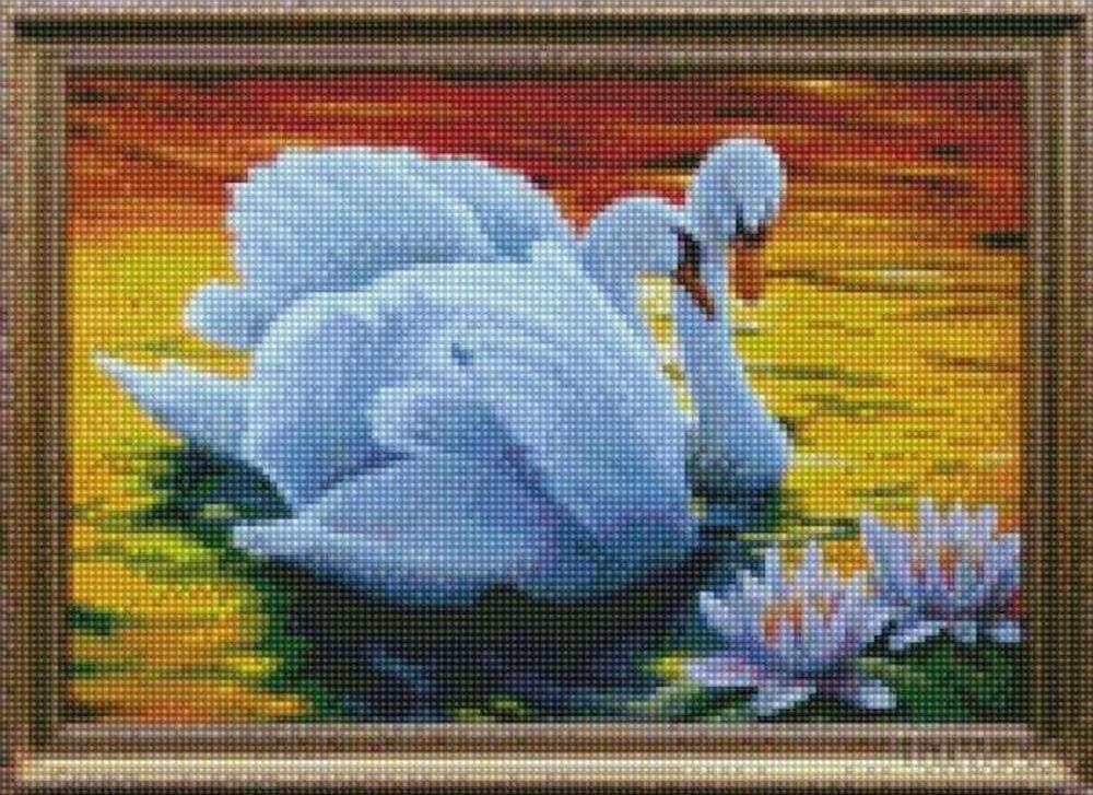 Стразы «Прекрасные лебеди»Цветной<br><br><br>Артикул: AG353<br>Основа: Холст на подрамнике<br>Сложность: сложные<br>Размер: 40x50 см<br>Выкладка: Полная<br>Количество цветов: 20-35<br>Тип страз: Круглые непрозрачные (акриловые)