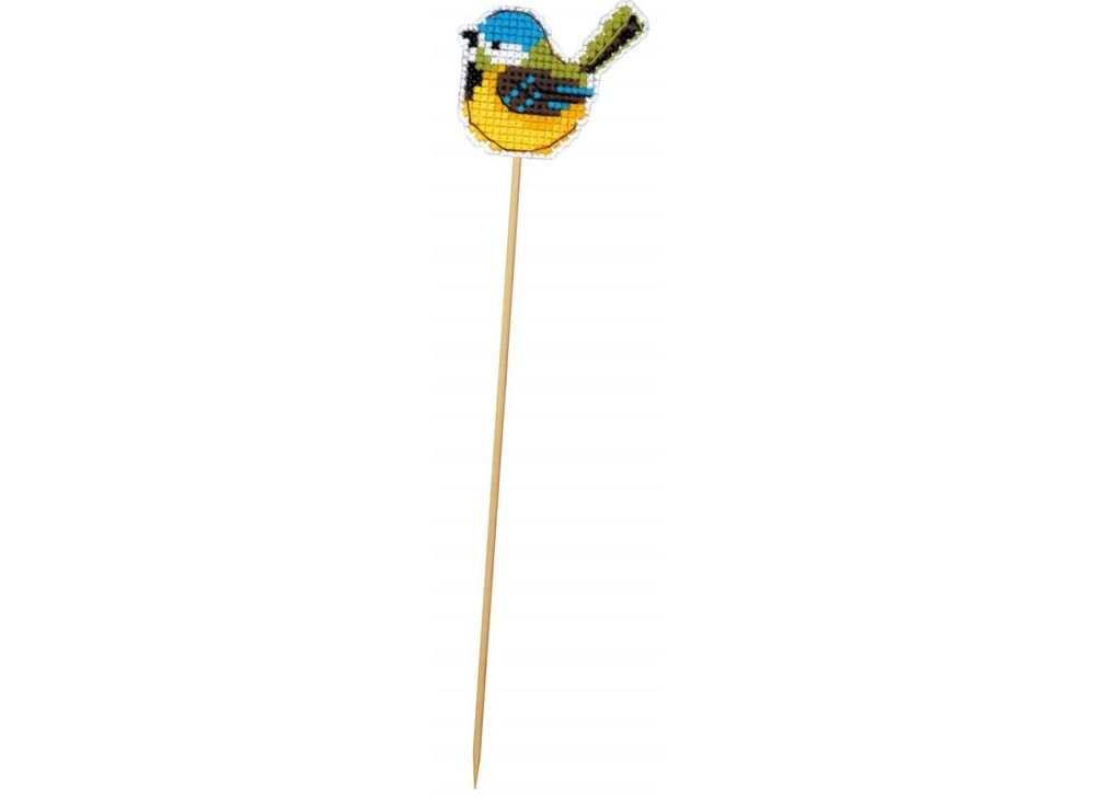 Набор для вышивания «Украшение для цветов. Птичка-синичка»Вышивка крестом Риолис<br><br><br>Артикул: 1553АС<br>Основа: канва plastic 10 ct<br>Размер: 6,5х5,5 см<br>Техника вышивки: счетный крест<br>Серия: Риолис (Сотвори Сама)<br>Тип схемы вышивки: Цветная схема<br>Количество цветов: 7<br>Художник, дизайнер: Юлия Лындина<br>Заполнение: Полное<br>Рисунок на канве: не нанесён<br>Техника: Вышивка крестом