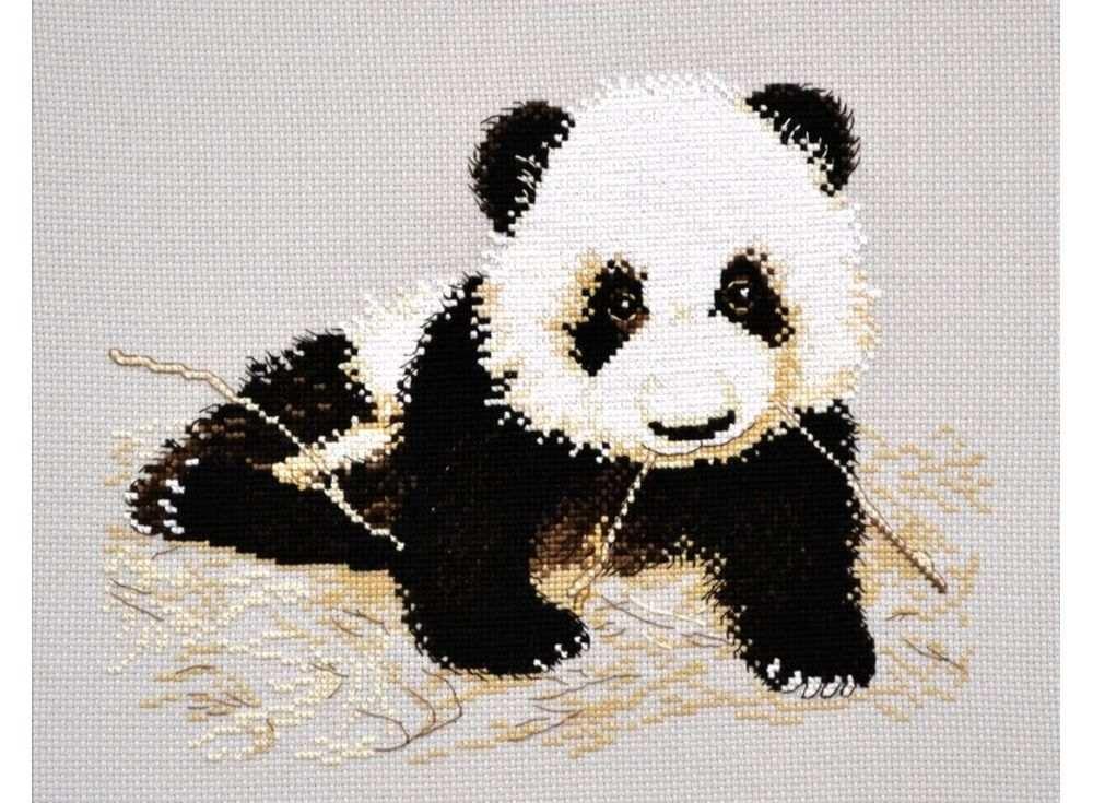 Набор для вышивания «Маленькая панда»Вышивка крестом Овен<br><br><br>Артикул: 769<br>Основа: канва Aida 14<br>Размер: 25х16 см<br>Техника вышивки: счетный крест<br>Тип схемы вышивки: Цветная схема<br>Цвет канвы: Серый<br>Количество цветов: 8<br>Заполнение: Частичное<br>Рисунок на канве: не нанесён<br>Техника: Вышивка крестом