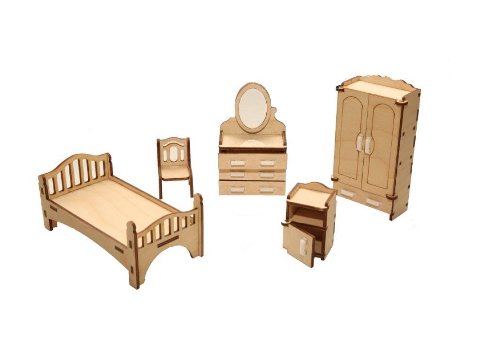 Набор мебели «Спальня»Конструкторы Happykon<br>Набор мебели «Спальня» создан специально для одной из комнат Конструктора «Кукольный дом».<br> <br> Мебель выполнена из березовой фанеры, но небольшие детали, например, ручки на дверцах, сделаны из пластика. Все элементы собираются без клея, просто вставляютс...<br><br>Артикул: HK-M001<br>Размер готовой модели: кровать (1 шт.): 12,5x5x5 см; шкаф (1 шт.): 3x6x11,5 см; трюмо с зеркалом (1 шт.): 3x6x10 см; тумбочка прикроватная (1 шт.): 3x3,2x5 см; стул (1 шт.): 3x3x4,5 см<br>Материал: Дерево (фанера)<br>Размер упаковки: 21x15x2 см<br>Возраст: от 5 лет