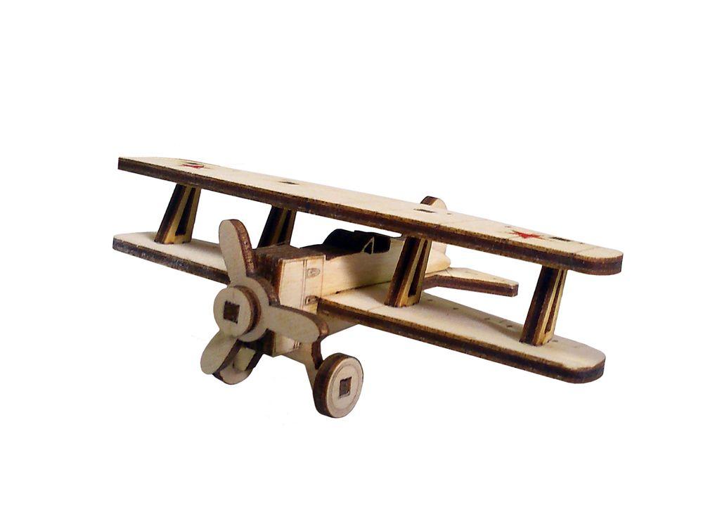 Конструктор «Советский самолет И-15»3D Конструкторы Lemmo<br>Экологически чистые, развивающие конструкторы от российского производителя Lemmo помогут вашему ребенку развить мелкую моторику рук, воображение, пространственное мышление, логику и познакомят с предметным моделированием.<br> <br>Все детали выполнены из кач...<br><br>Артикул: И-15<br>Вес: 20 г<br>Размер готовой модели: 11,5x7,5x3,5 см<br>Материал: дерево (фанера)<br>Возраст: от 5 лет