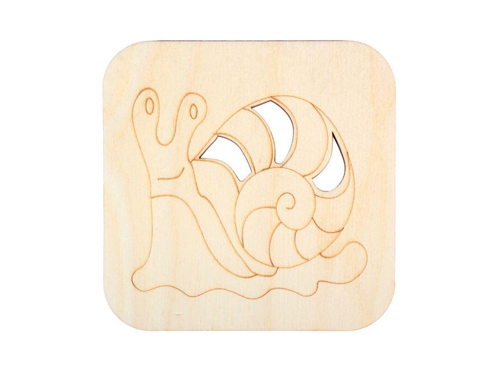 Декоративная плитка «Улитка»Декоративные плитки<br><br><br>Артикул: DZ70002<br>Основа: фанера<br>Размер: 120x120/толщина 3 мм<br>Упаковка: пакет
