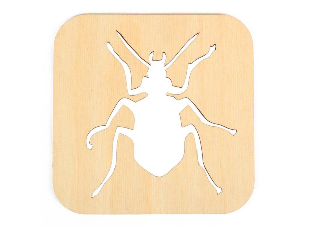 Декоративная плитка «Силуэт жука»Декоративные плитки<br><br><br>Артикул: DZ70007<br>Основа: фанера<br>Размер: 120x120/толщина 3 мм<br>Упаковка: пакет