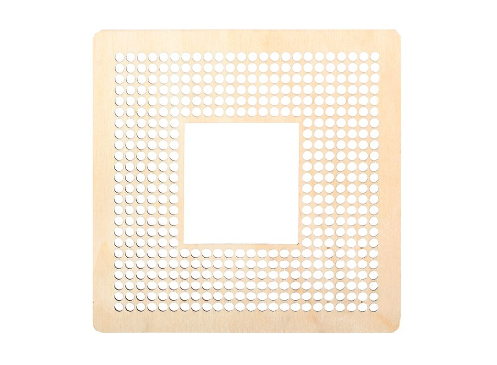 Декоративная плитка с перфорацией для вышивкиДекоративные плитки<br><br><br>Артикул: DZ70015<br>Основа: фанера<br>Размер: 170x170/толщина 3 мм