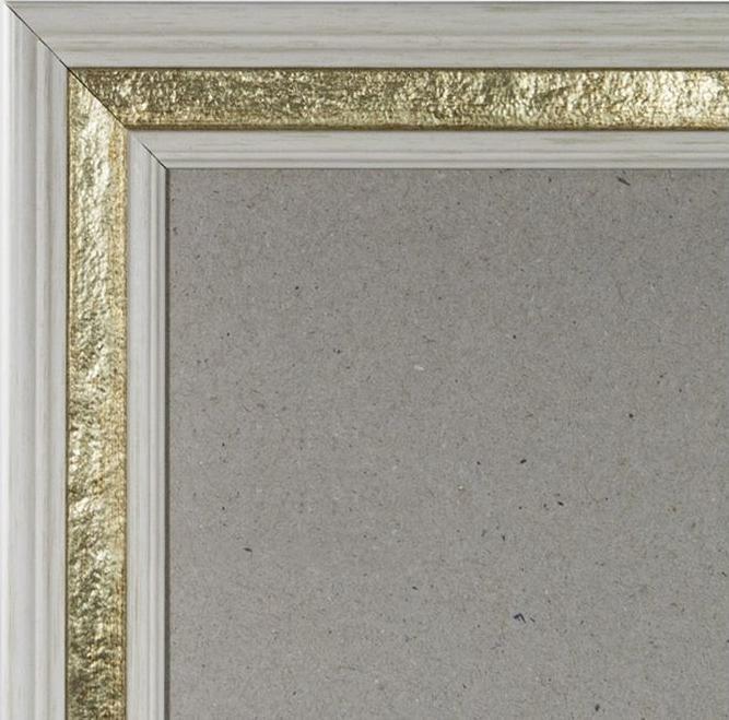 Рамка без стекла для картин «Perl»Багетные рамки<br><br><br>Артикул: G3827/37<br>Размер: 27x38 см<br>Цвет: Белый с золочением<br>Ширина: 25<br>Материал багета: Пластик<br>Глубина багета: 7 мм