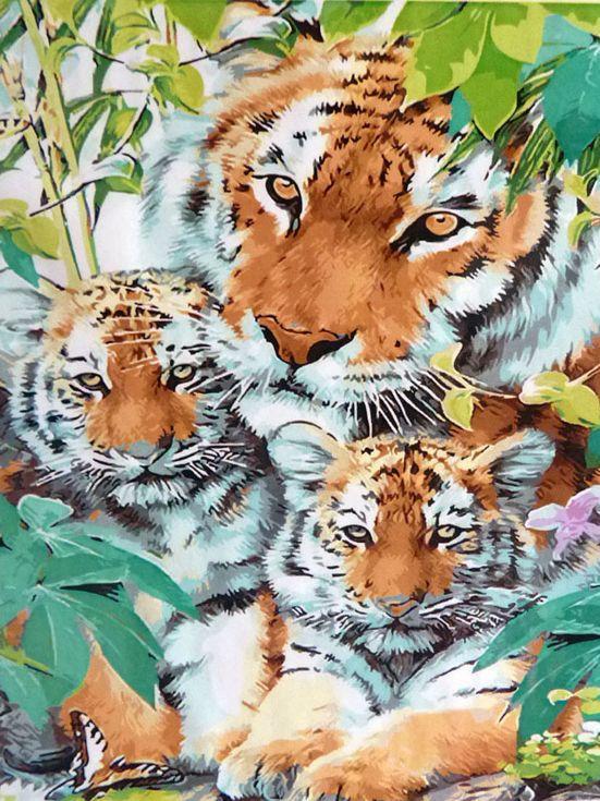 «Семья тигров»Paintboy (Premium)<br><br><br>Артикул: GX9448<br>Основа: Холст<br>Сложность: сложные<br>Размер: 40x50 см<br>Количество цветов: 30<br>Техника рисования: Без смешивания красок