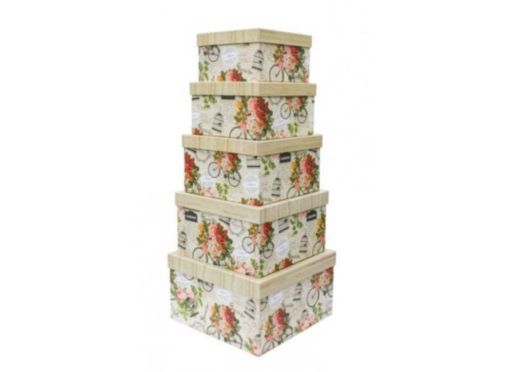 Набор коробок «Винтаж» (5 шт.)Подарочные пакеты<br>Набор из 5-х коробок с винтажным стильным оформлением. Все коробочки имеют разный размер, и при этой прекрасно помещаются одна в другую по принципу матрешки. Выполнены из качественного плотного картона 1000 г/м3, снаружи обклеены декоративной бумагой с хо...<br><br>Артикул: HY00704