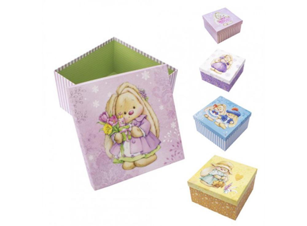 Набор коробок «ЗайкаМи» (5 шт.)Подарочные пакеты<br>Набор из 5-х коробок с винтажным стильным оформлением. Все коробочки имеют разный размер, и при этой прекрасно помещаются одна в другую по принципу матрешки. Выполнены из качественного плотного картона 1000 г/м3, снаружи обклеены декоративной бумагой с хо...<br><br>Артикул: HY00707