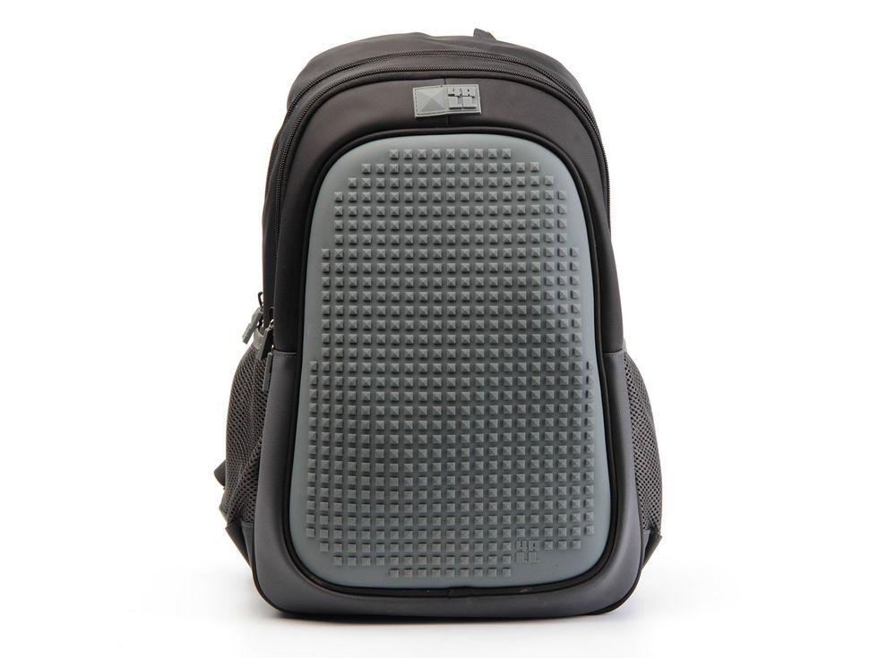 Рюкзак 4ALL Case с битами, черно-серыйПиксельные рюкзаки<br><br><br>Артикул: RT63-03N<br>Вес: 700 г<br>Размер готовой модели: 29x19x41 см<br>Цвет: Черно-серый<br>Серия: 4ALL Case<br>Материал: Полиэстер/силикон<br>Объем: 19 л<br>Возраст: от 10 лет<br>Размер битов: Большие<br>Цвета битов на выбор: 16 цветов<br>Цвета силиконовой панели на выбор: 3 цвета