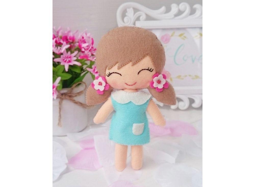 Набор для шитья игрушки «Девочка Катенька»Наборы для шитья игрушек<br><br><br>Артикул: 04-07<br>Основа: Фетр<br>Сложность: средние<br>Размер: Высота: 16 см<br>Техника: Шитье<br>Размер упаковки: 20x16x2 см<br>Возраст: от 8 лет