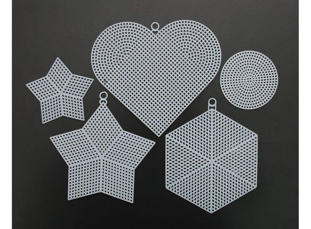 Набор канва пластик 7СТ (5 видов)Белоснежка<br>Фигурная канва предназначена для использования в качестве основы для вышивания подвесных игрушек или декоративных настенных украшений. На фигурной канве рекомендуется вышивать хлопковым мулине в 4, 6 нитей или тонкой пряжей в техниках счетный крест, го...<br><br>Артикул: 700-BC<br>Основа: фигурная пластиковая канва<br>Техника вышивки: счетный крест<br>Цвет канвы: Белый<br>Техника: Вышивка крестом