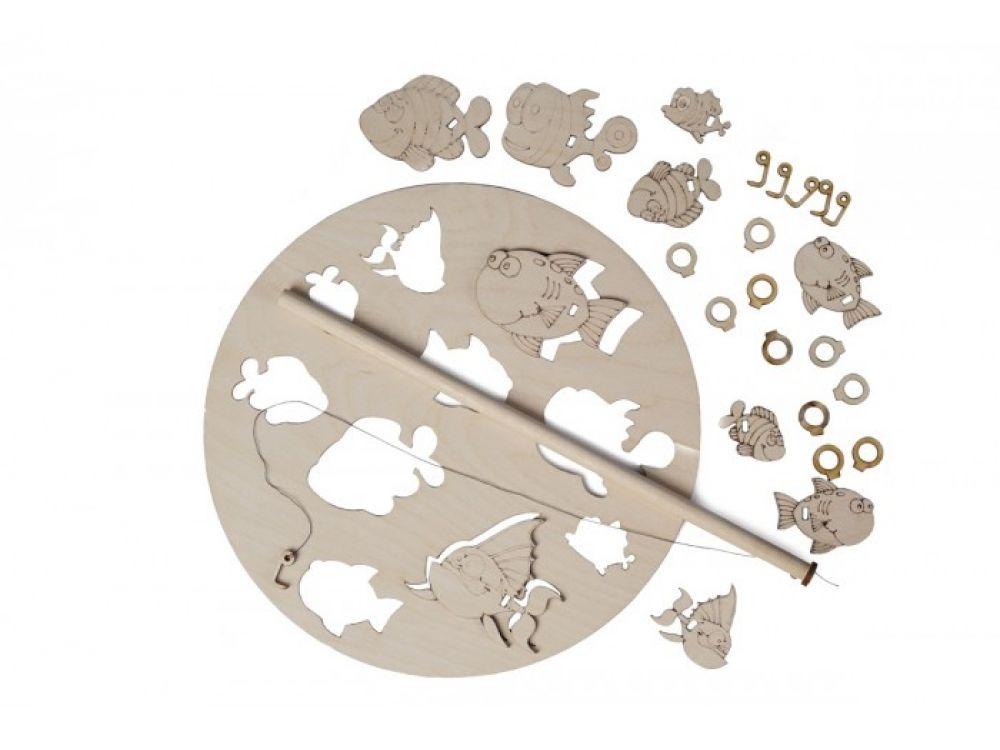 Набор деревянный игра «Рыбалка»Настольные развивающие игры<br>Все детали выполнены из качественной древесины и имеют сильный насыщенный запах дерева. Игра «Рыбалка» позволит ребенку принять участие в увлекательном процессе - вылавливании рыбок из «озера». Задача малыша – удочкой подцепить деревянное кольцо, кото...<br><br>Артикул: 00-17<br>Вес упаковки: 140 г<br>Возраст: от 5 лет<br>Время игры: 10-20 мин.<br>Количество игроков: 2<br>Аудитория: Детские