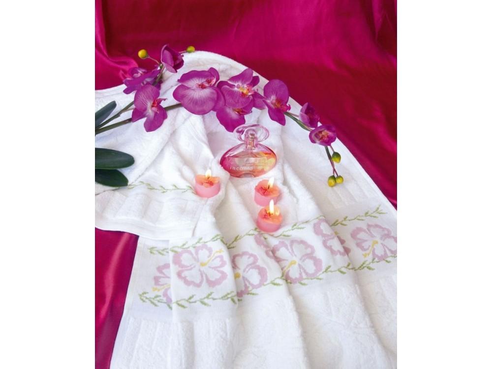 Набор для вышивания «Полотенце «Китайская роза» большое»Вышивка крестом Золотое Руно<br><br><br>Артикул: ДУ-013<br>Основа: 100% хлопок<br>Размер: 60x110 см<br>Техника вышивки: счетный крест<br>Тип схемы вышивки: Черно-белая схема<br>Цвет канвы: Белый<br>Количество цветов: 5<br>Заполнение: Частичное<br>Рисунок на канве: не нанесён<br>Техника: Вышивка полотенец