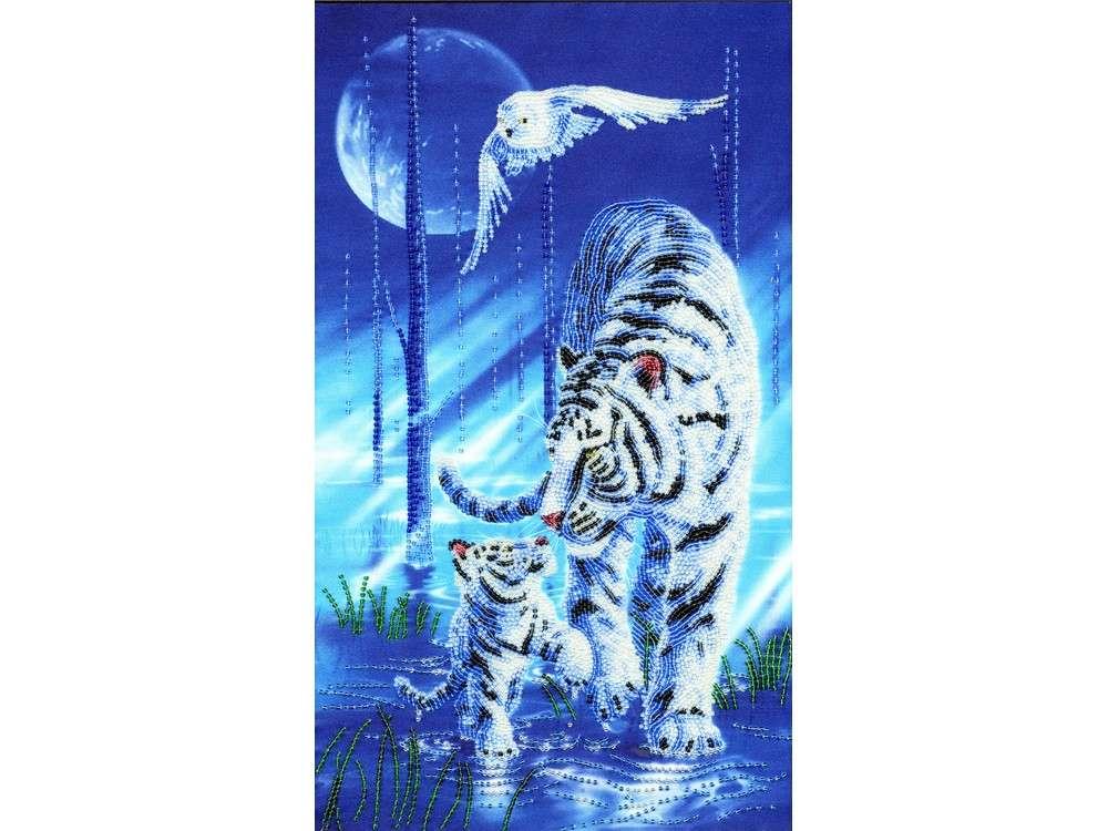 Набор вышивки бисером «Белый тигр»Вышивка бисером Золотое Руно<br><br><br>Артикул: РТ-109<br>Основа: искусственный шелк<br>Размер: 40x24 см<br>Техника вышивки: бисер<br>Тип схемы вышивки: Цветная схема<br>Количество цветов: 14<br>Заполнение: Частичное<br>Рисунок на канве: нанесён рисунок и схема<br>Техника: Вышивка бисером
