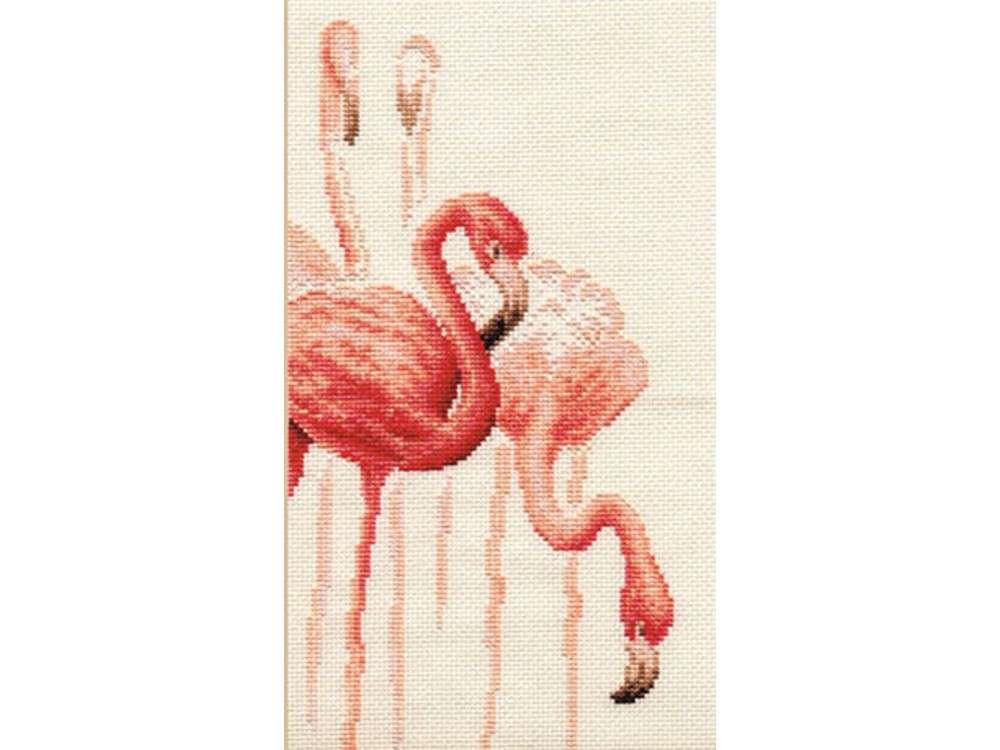 Набор для вышивания «Фламинго. Набор №1»Вышивка крестом Золотое Руно<br><br><br>Артикул: Ф-002<br>Основа: канва Aida 14<br>Размер: 16,5x30,6 см<br>Техника вышивки: счетный крест<br>Тип схемы вышивки: Черно-белая схема<br>Цвет канвы: Кремовый<br>Количество цветов: 15<br>Заполнение: Частичное<br>Рисунок на канве: не нанесён<br>Техника: Вышивка крестом