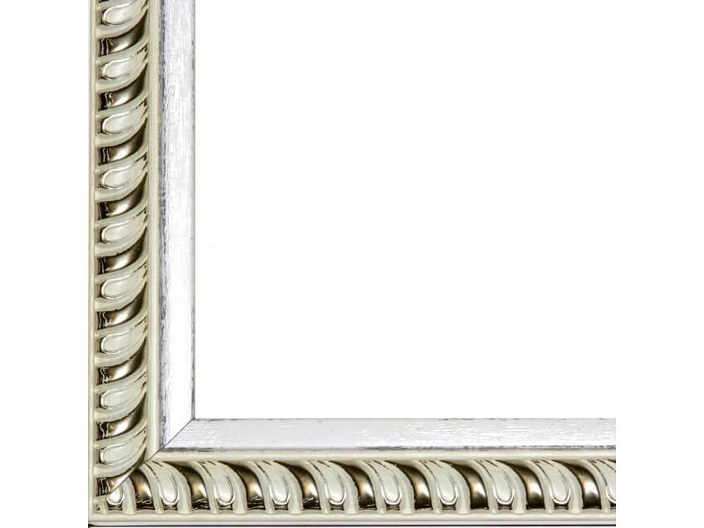 Рамка без стекла для картинБагетные рамки<br>Лист ДВП предназначен для защиты рамки от случайного удара, поэтому он выходит за пределы багета. Также углы рамки дополнительно упакованы в картонные уголки. Весь комплект упакован в термоусадочную пленку.<br><br>Артикул: BE014<br>Размер: 30x40 см<br>Цвет: Бежевый с золотом<br>Ширина: 30 мм<br>Материал багета: Пластик<br>Толщина: 22 мм<br>Глубина багета: 12 мм