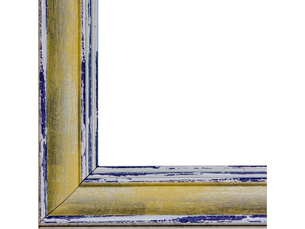 Рамка без стекла для картинБагетные рамки<br>Лист ДВП предназначен для защиты рамки от случайного удара, поэтому он выходит за пределы багета. Также углы рамки дополнительно упакованы в картонные уголки. Весь комплект упакован в термоусадочную пленку.<br>