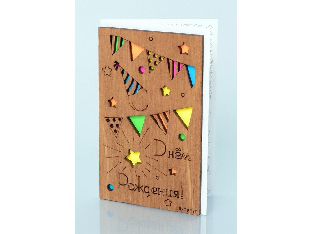 Открытка «С днем рождения»Деревянные открытки<br>Деревянные открытки и денежные конверты - прекрасная возможность сделать яркий подарок для тех, кто ценит оригинальность, однако не забывает о традициях. И креативность такого презента заключена не только в необычной деревянной первой странице, ведь в...<br><br>Артикул: 5.4.4<br>Размер см: 12,5x8<br>Материал: Дерево, бумага<br>Упаковка: прозрачная полиэтиленовая пленка-конверт