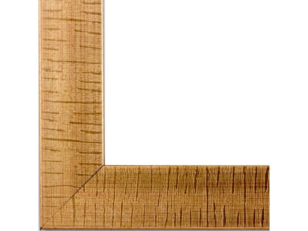 Рамка без стекла для картинБагетные рамки<br>Лист ДВП предназначен для защиты рамки от случайного удара, поэтому он выходит за пределы багета. Также углы рамки дополнительно упакованы в картонные уголки. Весь комплект упакован в термоусадочную пленку.<br><br>Артикул: BG029<br>Размер: 40x50 см<br>Цвет: Бронза<br>Ширина: 47 мм<br>Материал багета: Пластик<br>Толщина: 19 мм<br>Глубина багета: 12 мм
