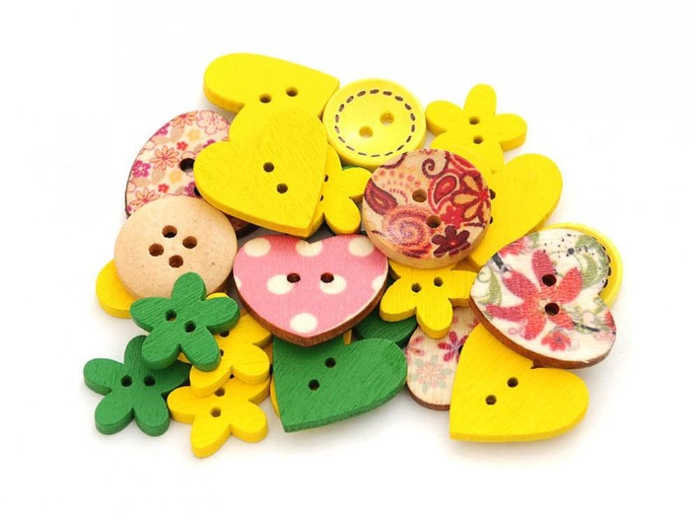 Пуговицы декоративные Ассорти №4Бумага и материалы для скрапбукинга<br>Набор декоративных пуговиц прекрасно подойдет для украшения детской одежды, одежды для кукол или же при создании композиций в стиле скрапбукинг или кардмейкинг. В наборы входят пуговицы различных цветов и размеров.<br><br>Артикул: 876-DB<br>Размер: 1,3-2,5 см<br>Количество: 40 шт.<br>Материал: Дерево