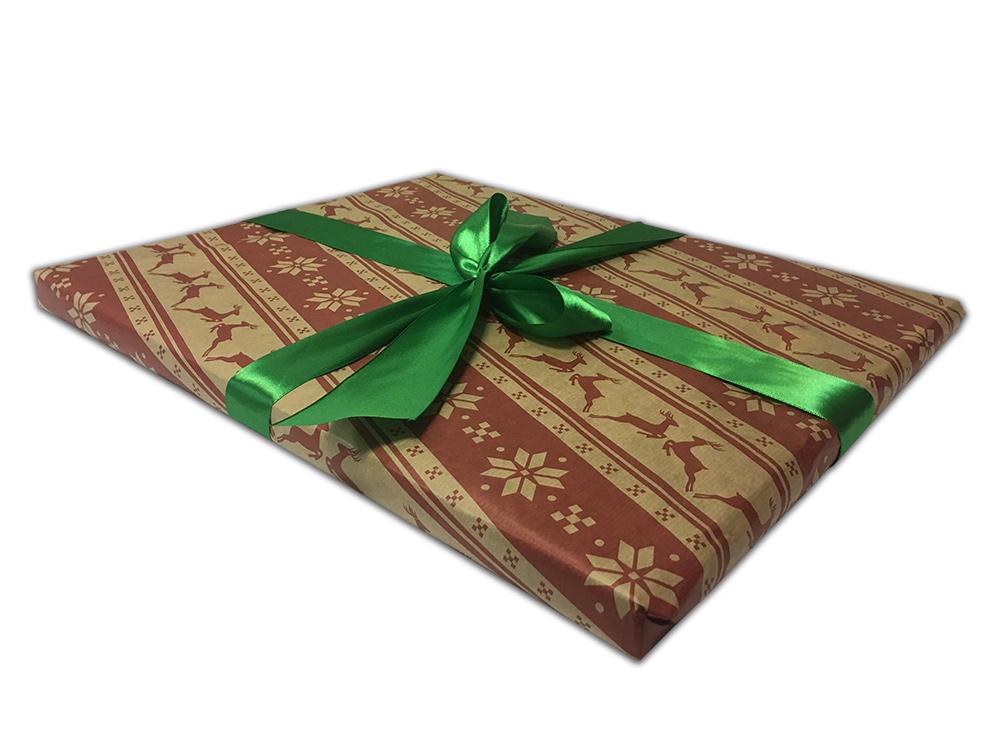 Подарочная упаковка «Олени»Упаковка подарков<br>Как упаковать подарок?<br>Мы можем упаковать отдельный товар или весь заказ с несколькими товарами. Для этого:<br><br>Добавьте в корзину товары, которые хотите приобрести;<br>Добавьте в корзину нужное количество подарочных упаковок;<br>Оформите заказ;<br>При подтверж...<br><br>Артикул: P07