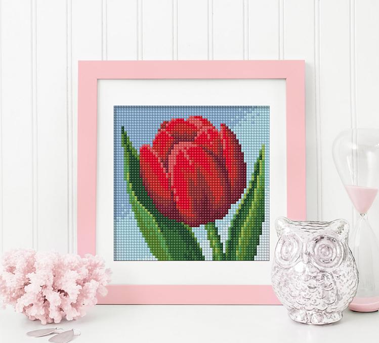 Алмазная вышивка «Красный тюльпан» фото