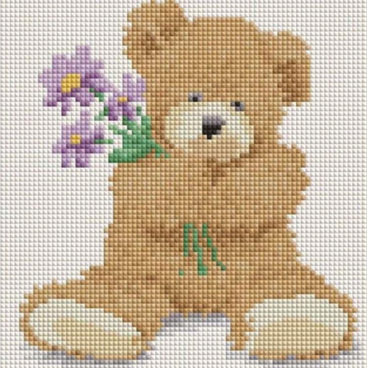Алмазная вышивка «Медвежонок с цветами»