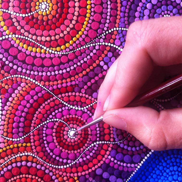 На фото изображено - Точечная роспись для начинающих, рис. Процесс работы
