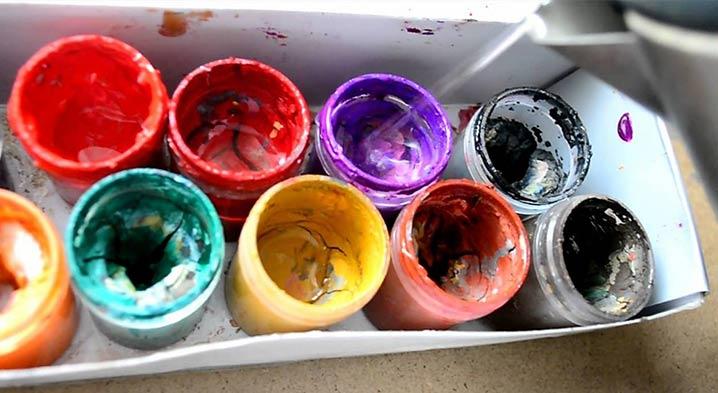 На фото изображено - Рисование акриловыми красками: полезные советы, рис. Засохли краски в картине по номерам