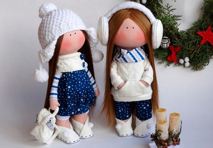 На фото изображено - Необычное увлечение: шитье кукол, рис. Кукла Снежка