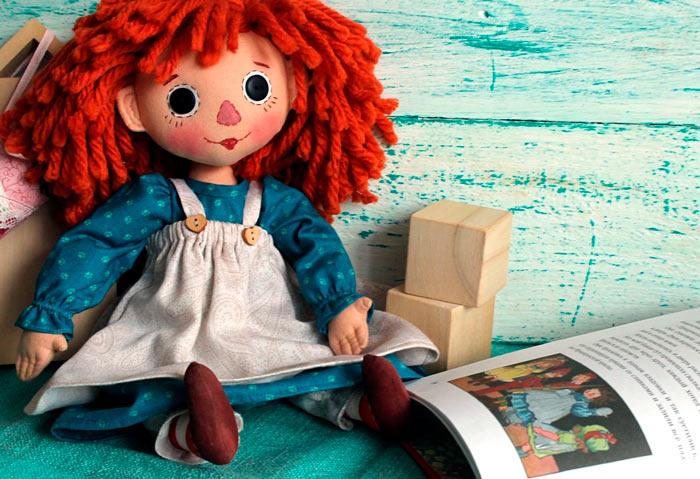 На фото изображено - Необычное увлечение: шитье кукол, рис. Кукла Тыквоголовка