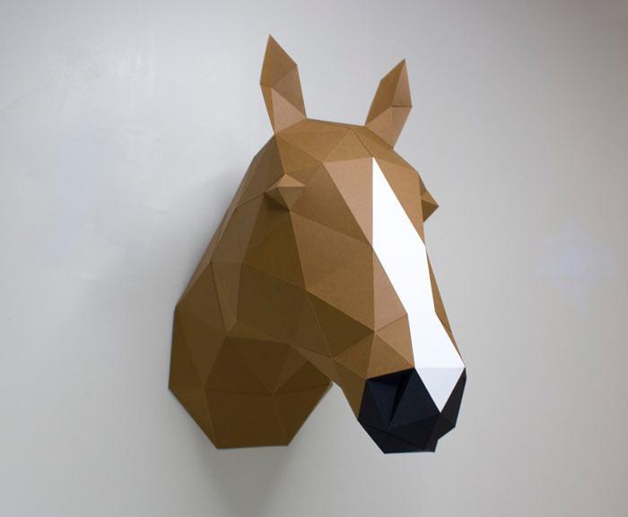 На фото изображено - Модели из бумаги, рис. Модель лошадь 1