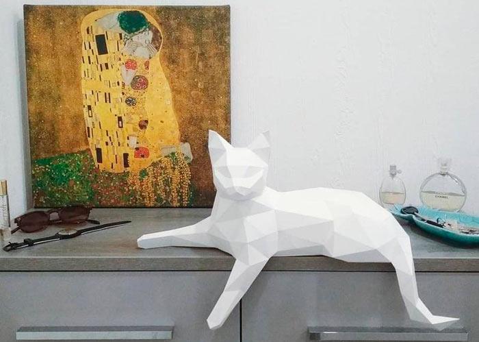 На фото изображено - Модели из бумаги, рис. Модель из бумаги кошка