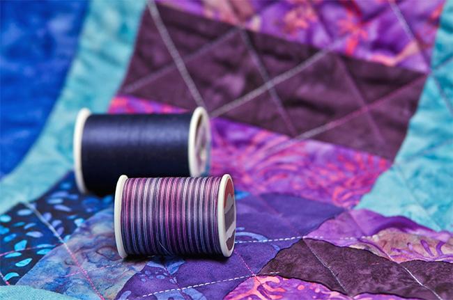 На фото изображено - Лоскутное шитье для начинающих, рис. Нитки